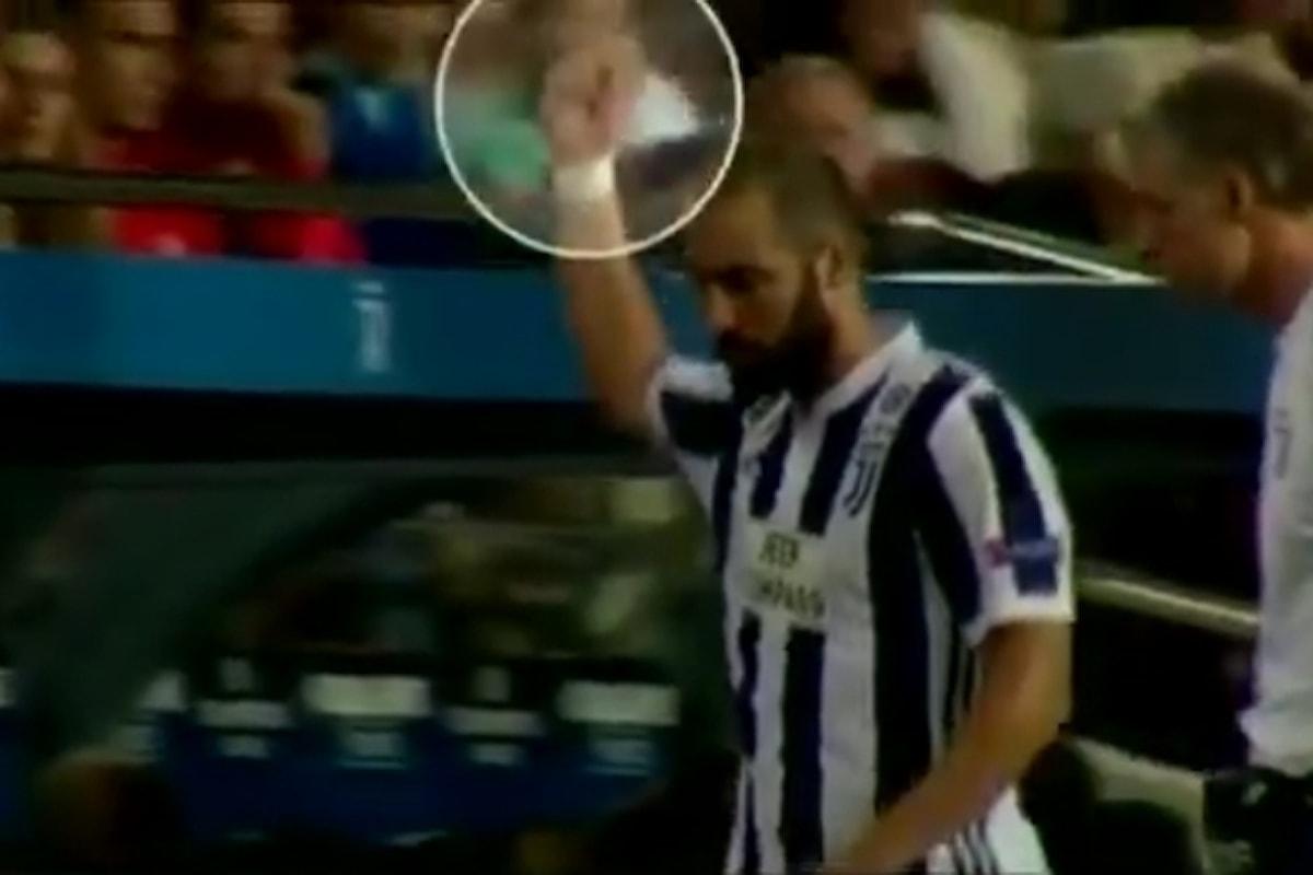 Higuain a rischio squalifica per un gestaccio ai tifosi del Barça