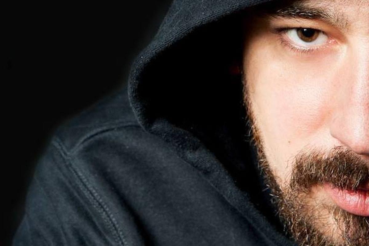 Master Enjoy, un rapper italiano in mezzo ai tenori
