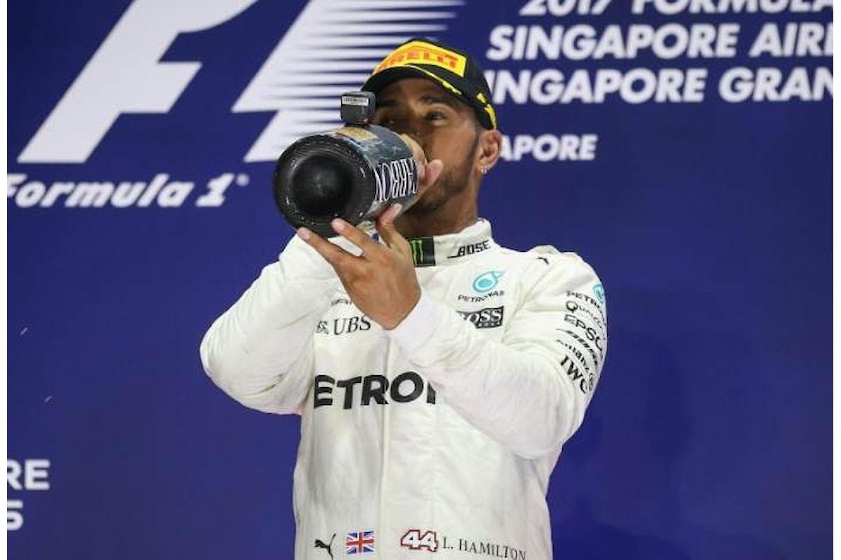 Formula 1, il duello tra Hamilton e Vettel prosegue nel GP di Singapore