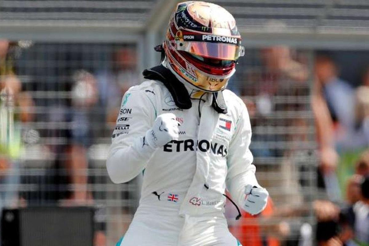 Formula 1. A Silverstone Hamilton conquista la sua 50.esima pole alla guida della Mercedes