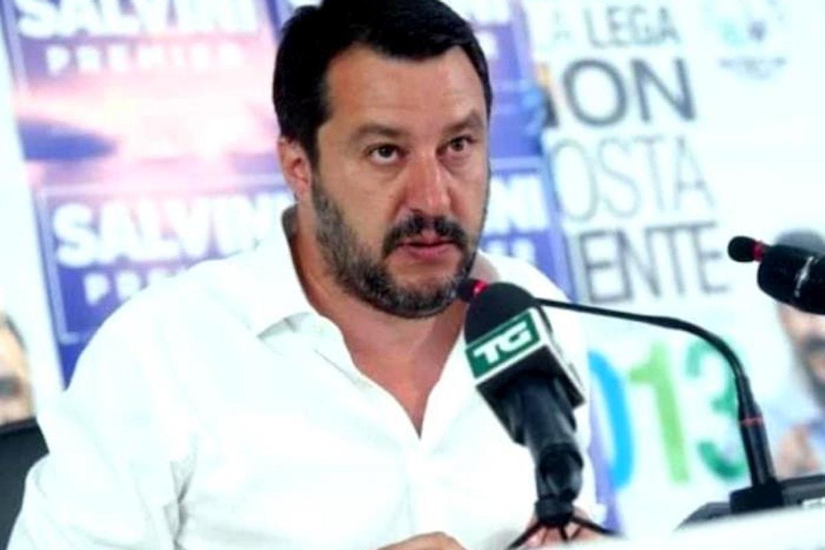 Salvini non si opporrà all'autorizzazione a procedere nei suoi confronti e sull'Europa ricorda a Renzi che...
