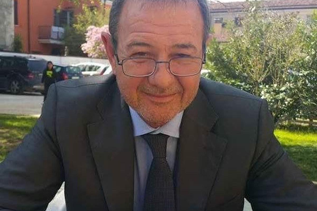 Marco Carra: aumenta la sindrome di text neck per colpa di smartphone, tablet e pc