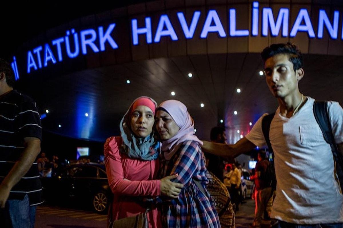 Le dichiarazioni del governo turco sull'attacco all'Aeroporto di Istanbul-Atatürk