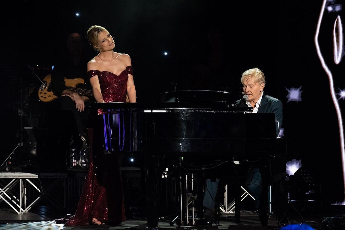 """Dal Teatro Romano di Verona, MICHELLE HUNZIKER con la partecipazione di RON: """"LUCIO!"""""""