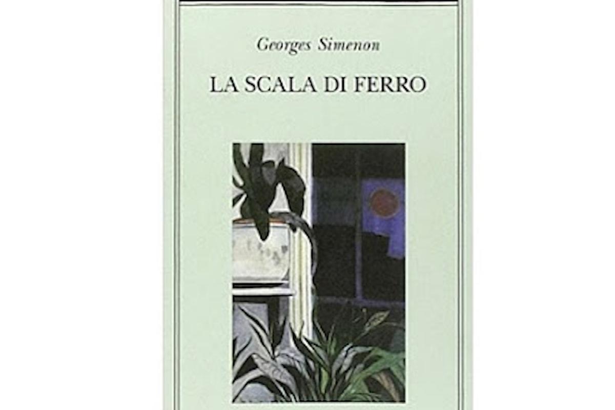 La scala di ferro romanzo di Simenon divide una coppia alla fine di un rapporto