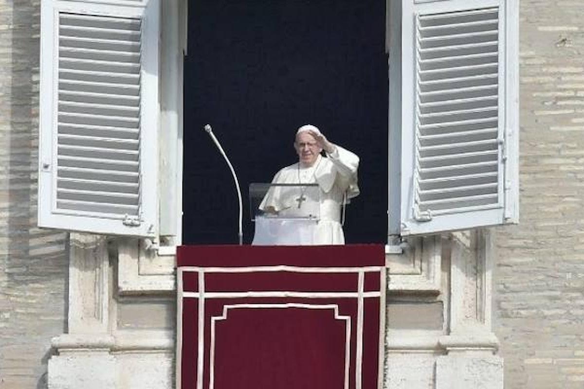 All'Angelus il Papa ha invitato a un impegno di vigilanza e pregato per la Siria