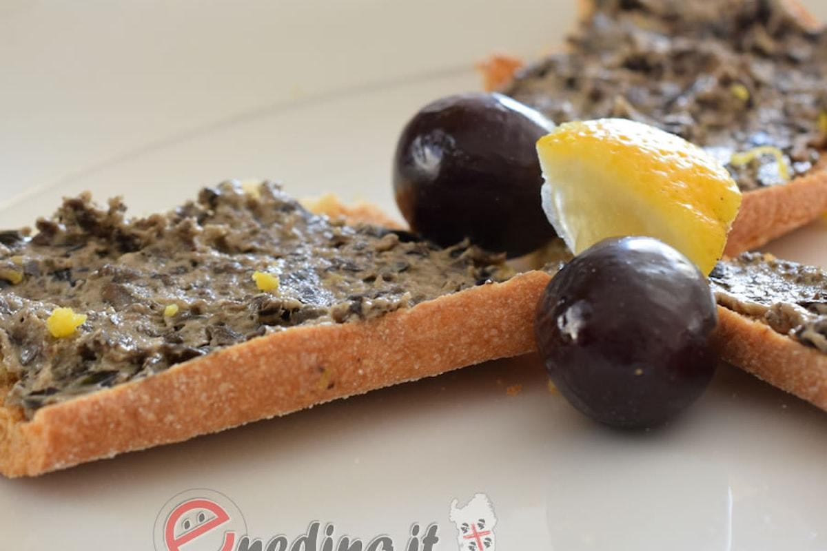 Un antipasto deciso: paté di olive nere