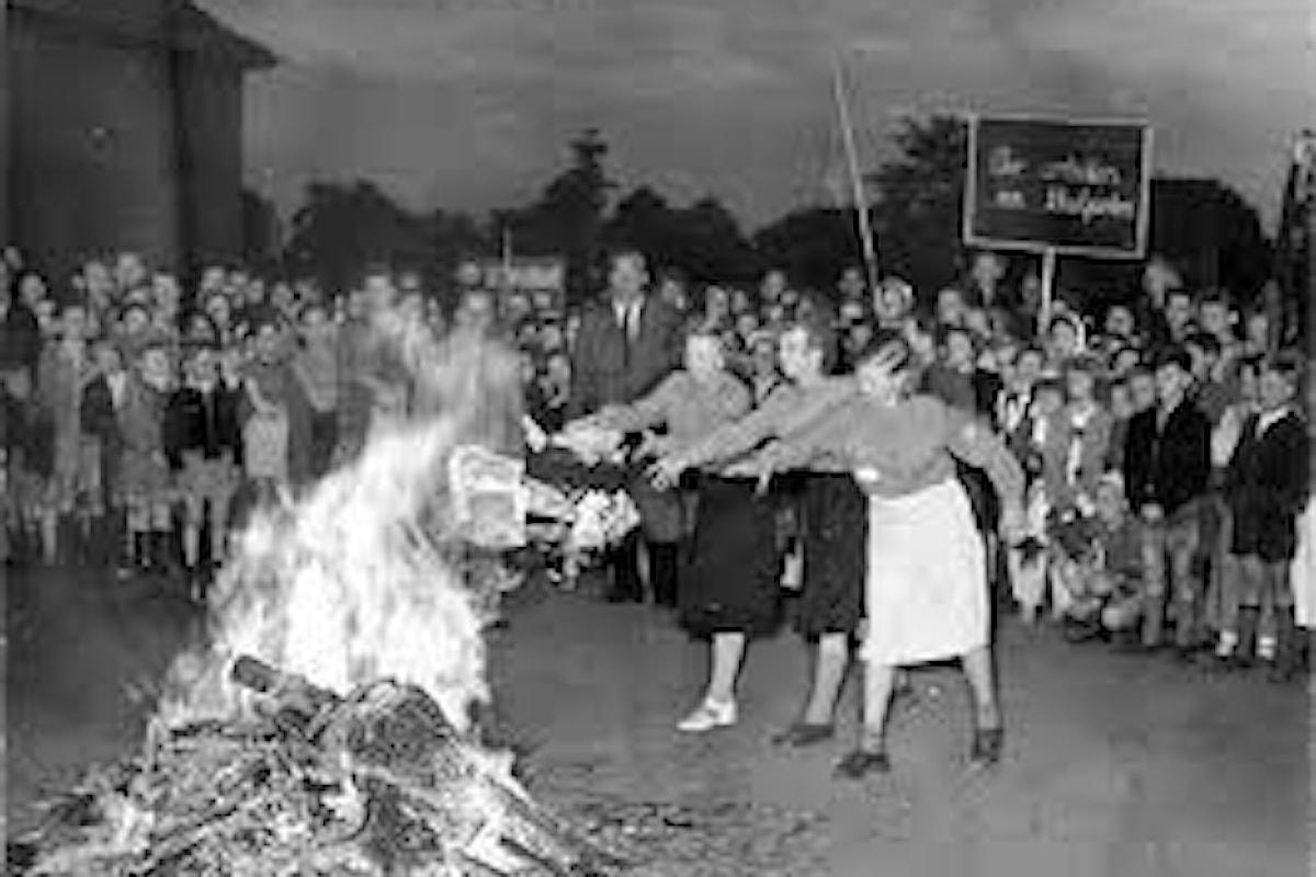 I Bücherverbrennungen, i roghi dei libri nella Germania nazista del 1933