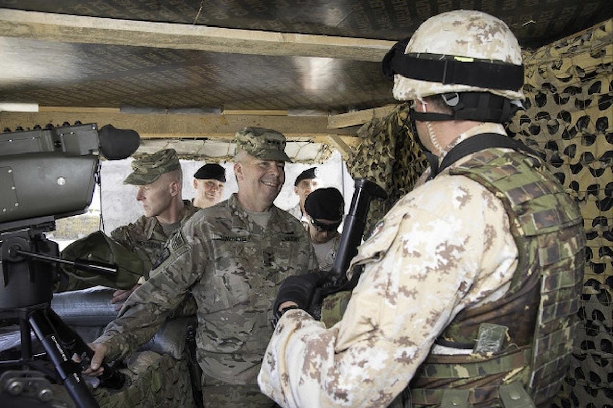 Iraq, il Generale Semonite in visita a militari della Brigata Sassari schierati presso la Diga Mosul