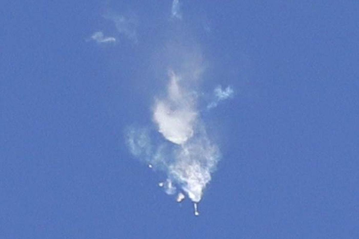 Il vettore Soyuz ha un problema dopo il lancio, ma i due astronauti destinati alla ISS riescono a salvarsi