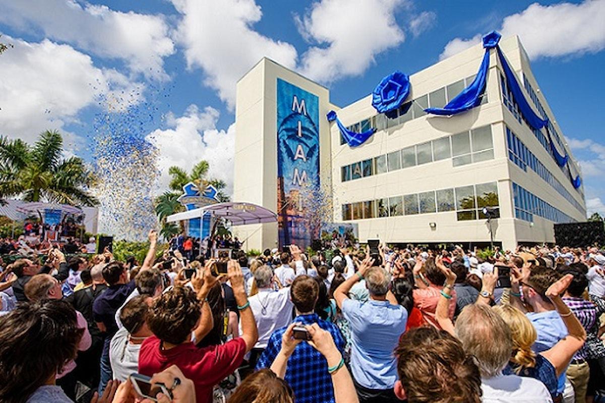 Un magico benvenuto accoglie la nuova Chiesa di Scientology di Miami