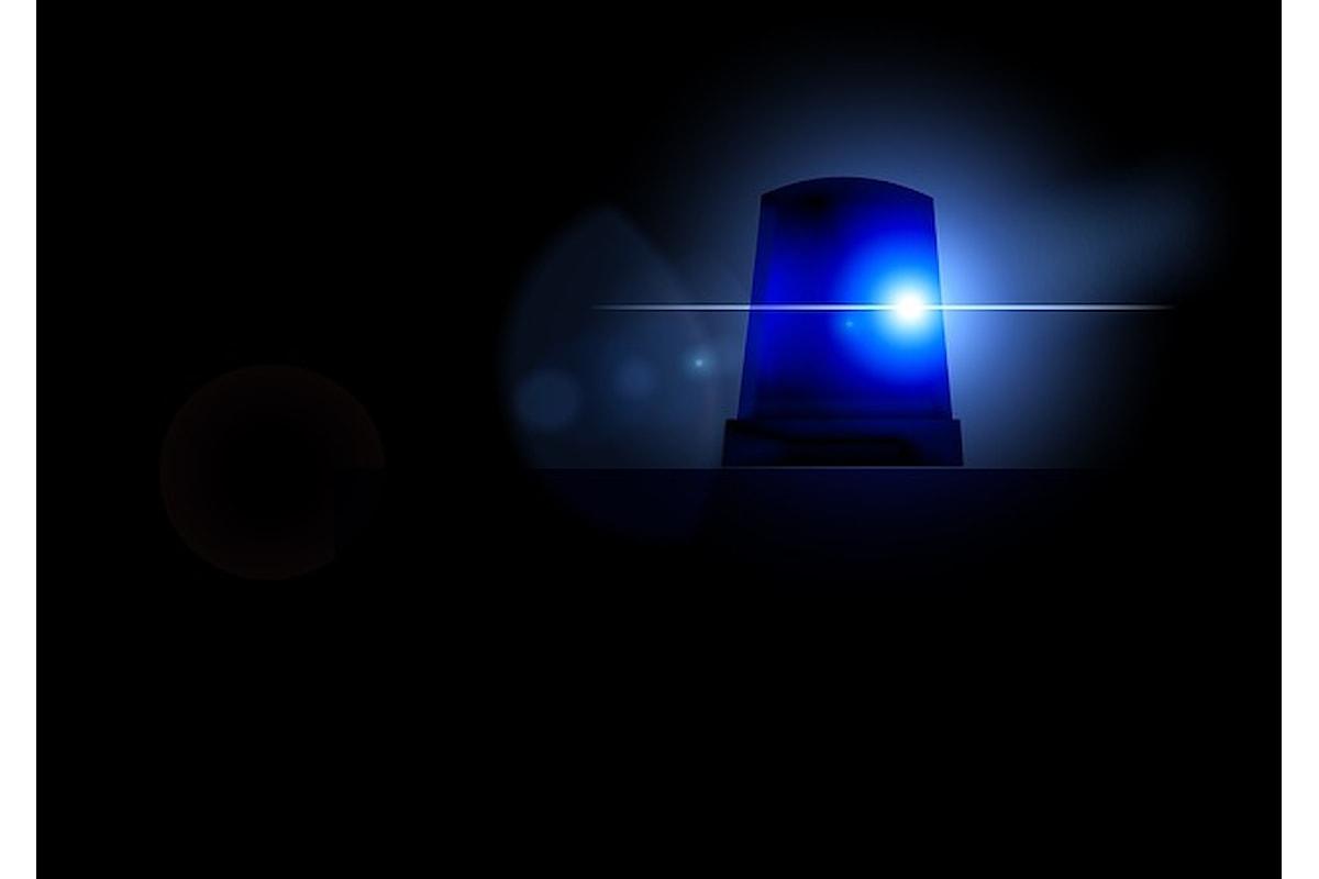 Alla vista della polizia ladri fuggono a sirene spiegate, succede nel salernitano