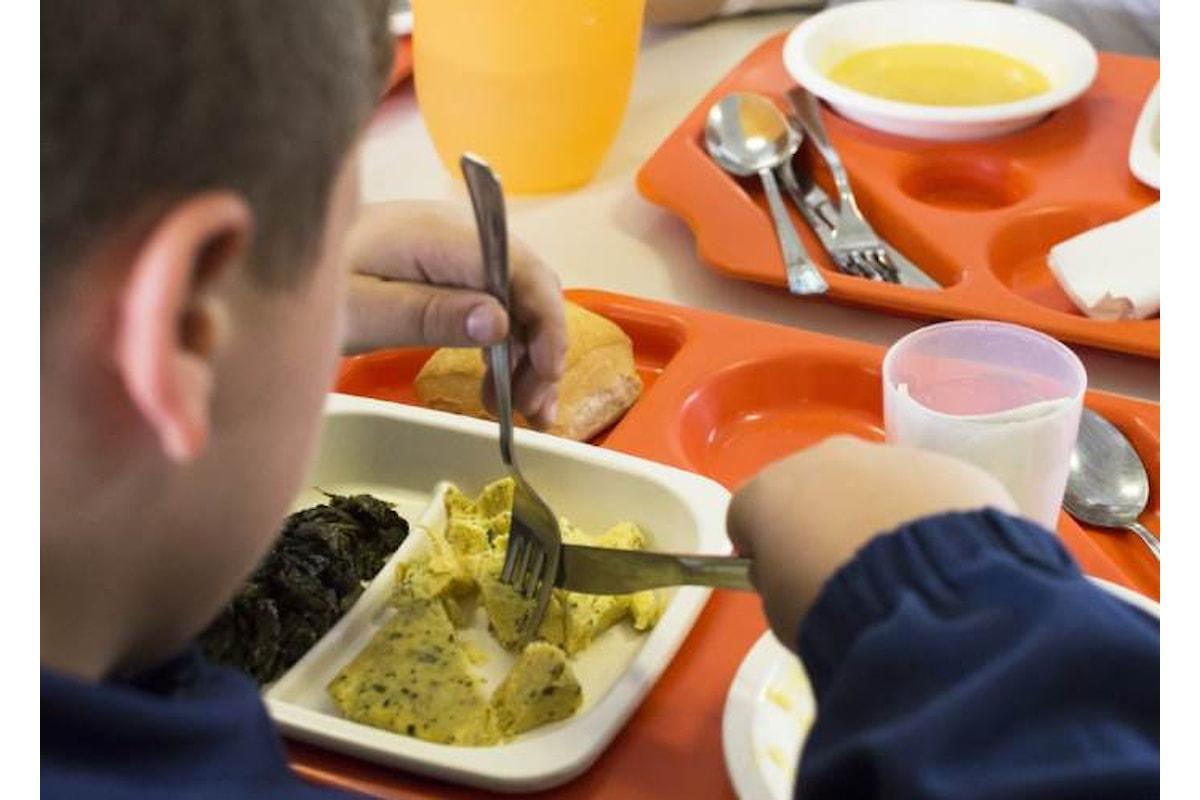 Save the Children: anche la mensa è un problema nella scuola italiana