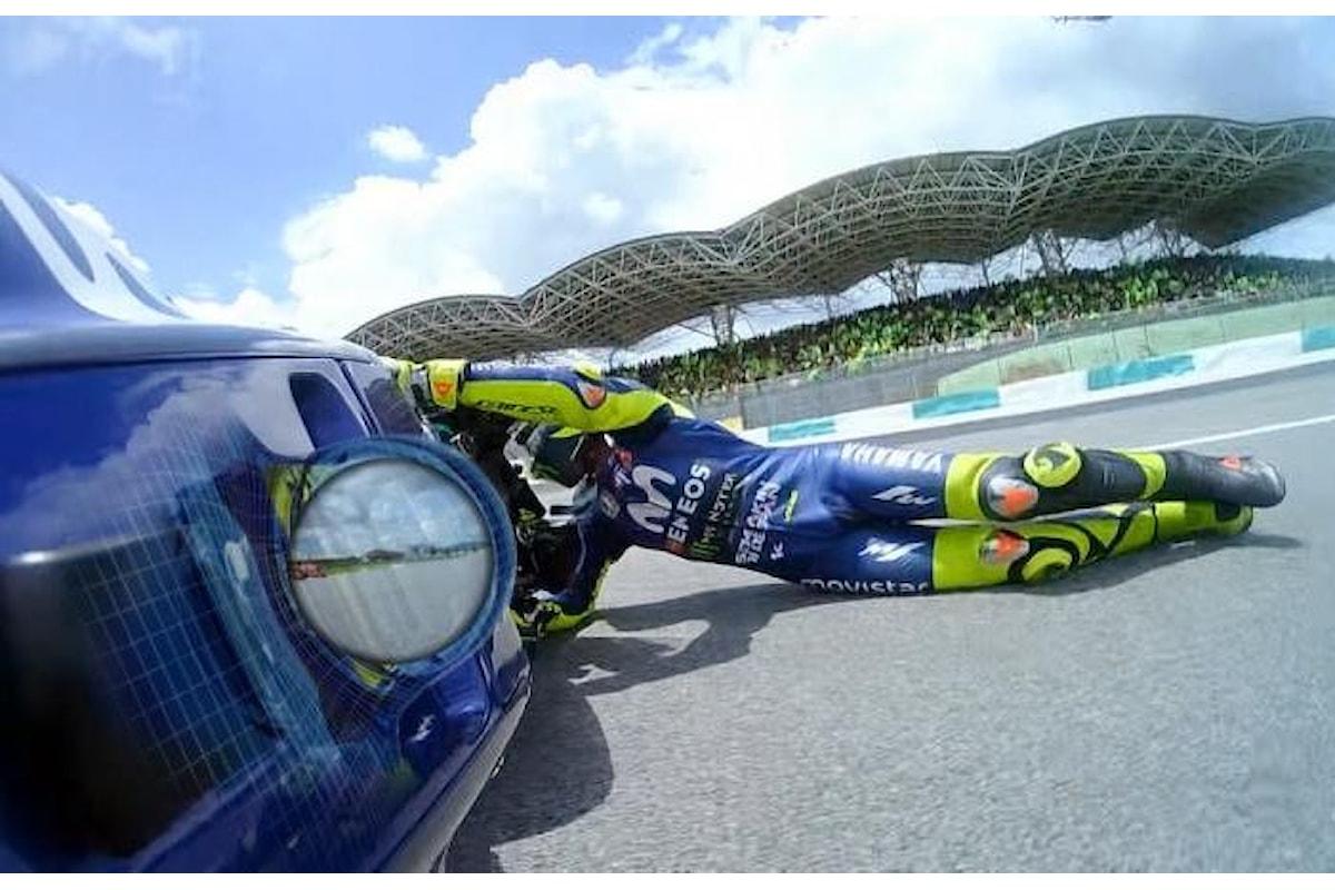 MotoGP, a Sepang Rossi cade e consegna la vittoria a Marquez