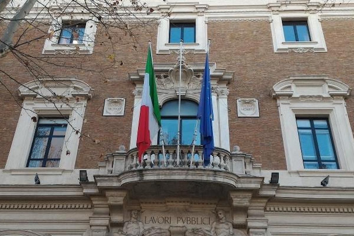 Toninelli a totale disposizione delle autorità che sono andate al MIT per acquisire documentazione in relazione al crollo di Genova