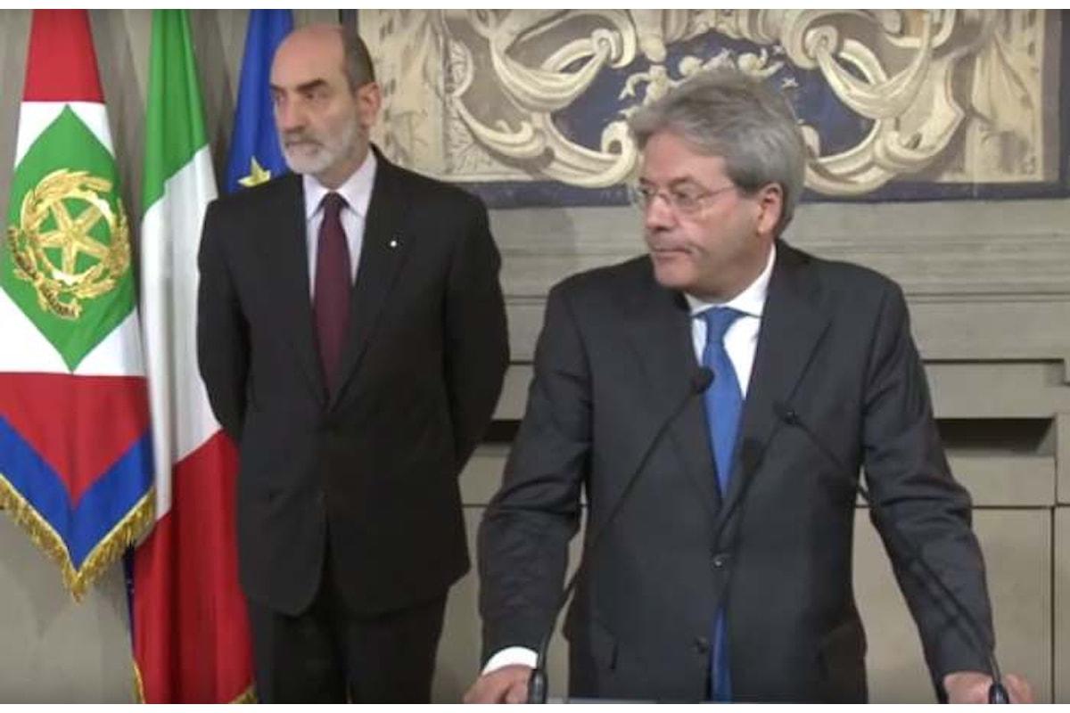 Ufficializzato l'incarico a Gentiloni per formare il nuovo Governo