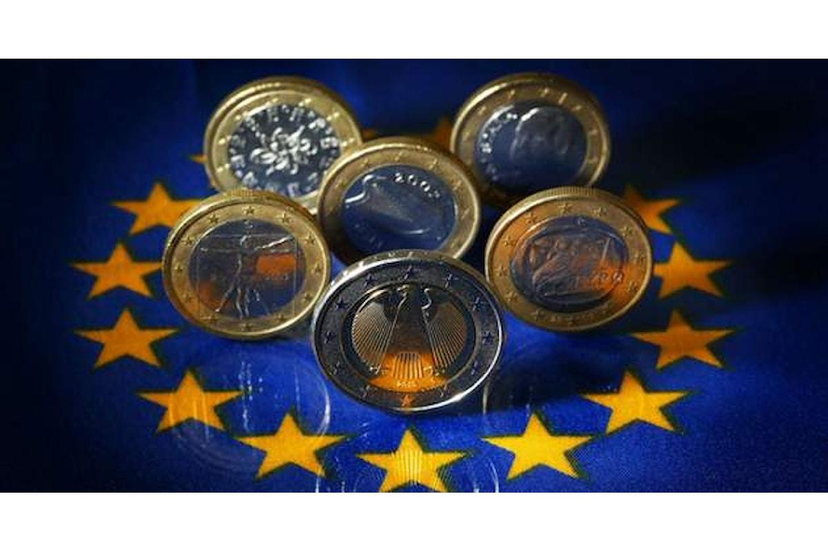 Finanza, la questione italiana appesantisce l'euro