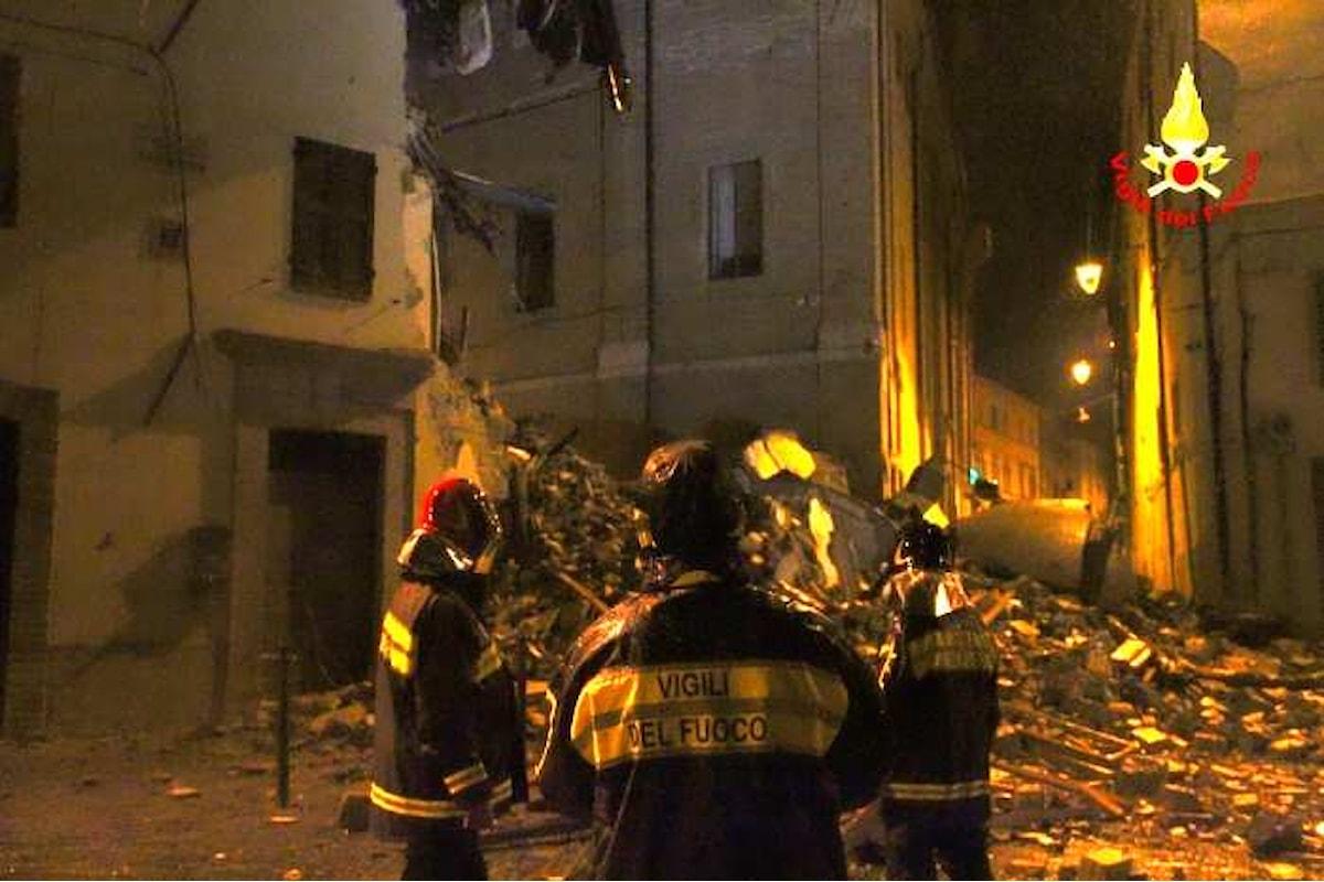La terra trema ancora. Nuovo terremoto e nuovi crolli tra Marche ed Umbria
